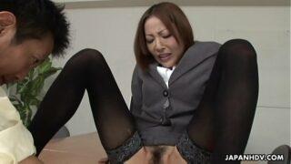 Japanese lady, Emiri Mizukawa sucks dick, uncensored